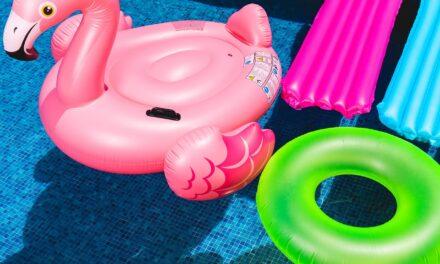 Alt det, som du skal have klar til sommerens svømmeture med børnene