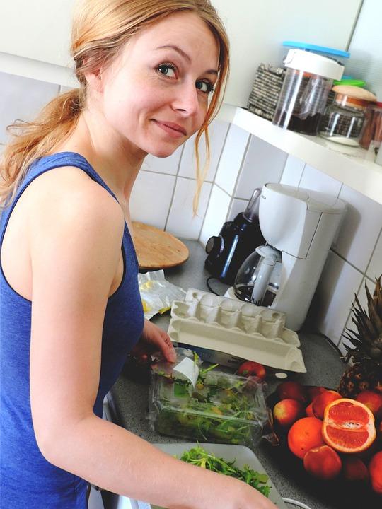 Kvinder laver mad