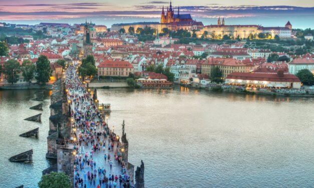 Planlægger I en firmatur til Prag?