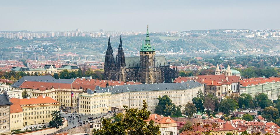 Prag borg og by